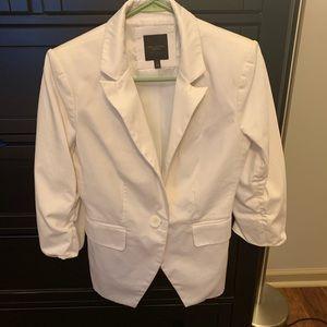 White 3/4 Sleeve Blazer